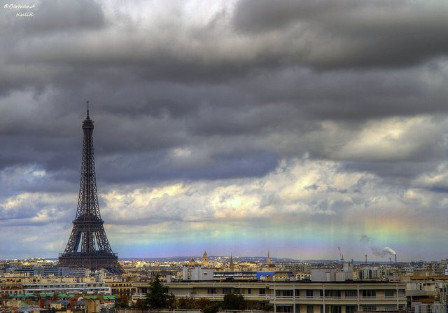 paris-rainbow