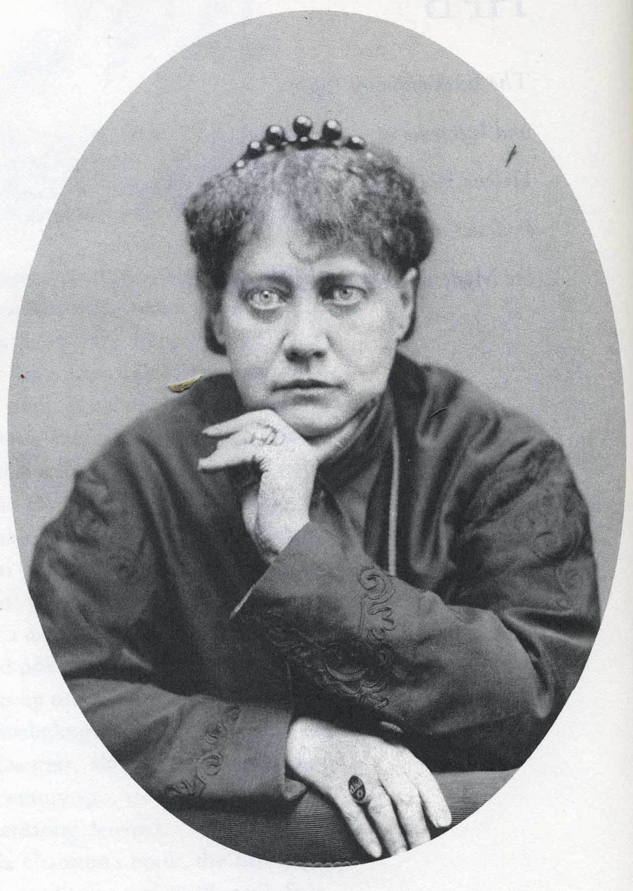 essays by blavatsky madame blavatsky Links to theosophical texts online : 1886, by william quan judge, from 'incidents in the life of madame blavatsky', blavatsky archives online.