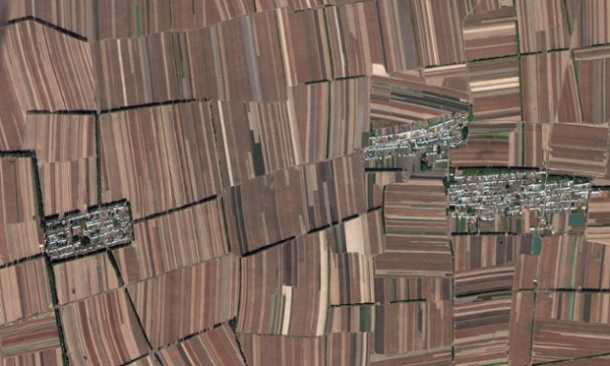google-earth-no-hayespacio-para la natura-solo produccion china