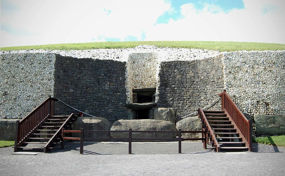 newgrange-county-meath-ireland