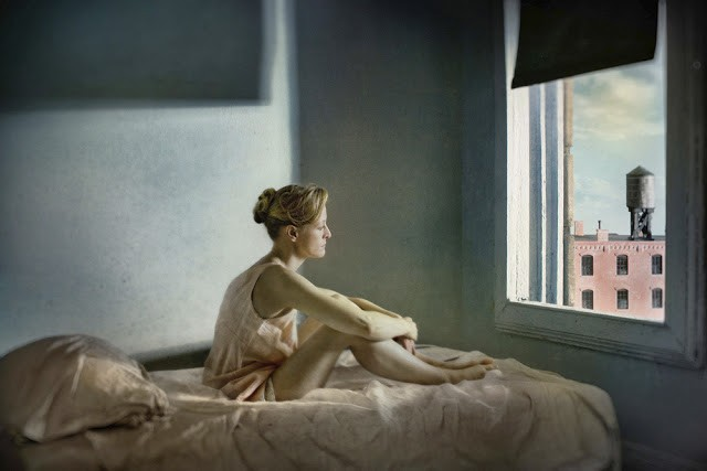 Image03_From_the_series_Hopper_Meditations_Morning_Sun_20_x_30_in