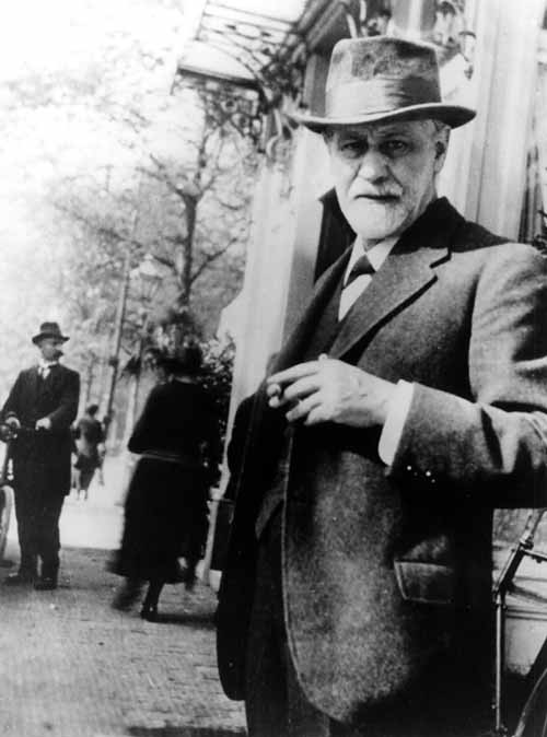 sigmund-freud-on-street