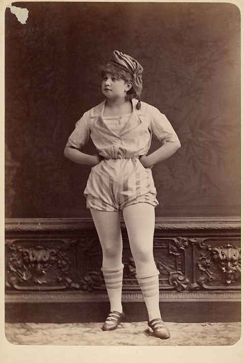 1890-exotic-dancer-4