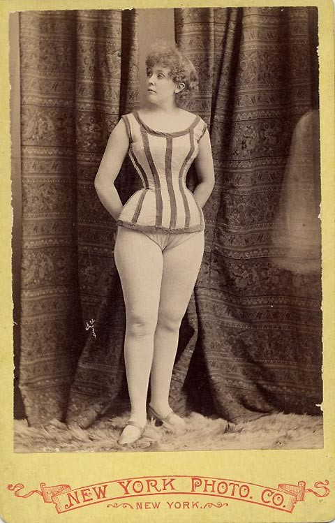 1890-exotic-dancer-7