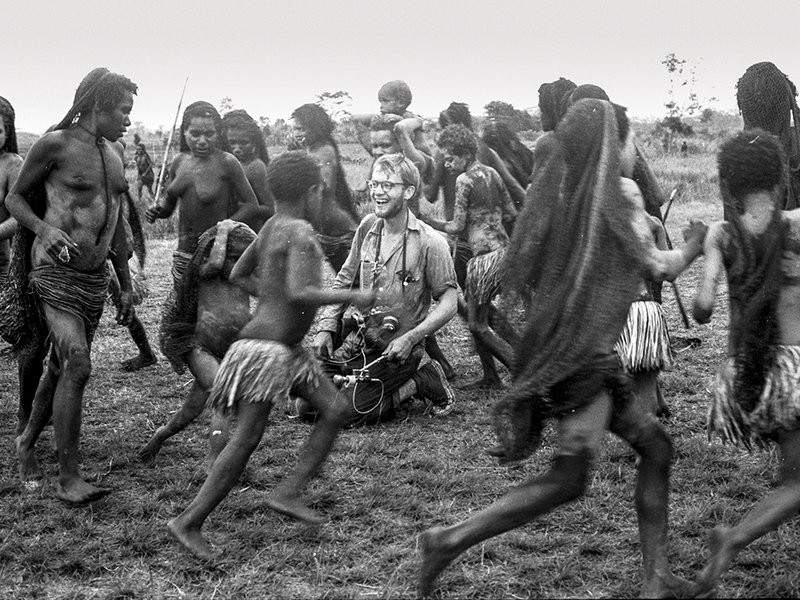 michael-rockefeller-asmat.jpg__800x600_q85_crop_subject_location-500,188