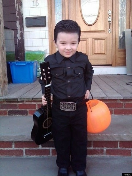JOHNNY-CASH-HALLOWEEN-COSTUME