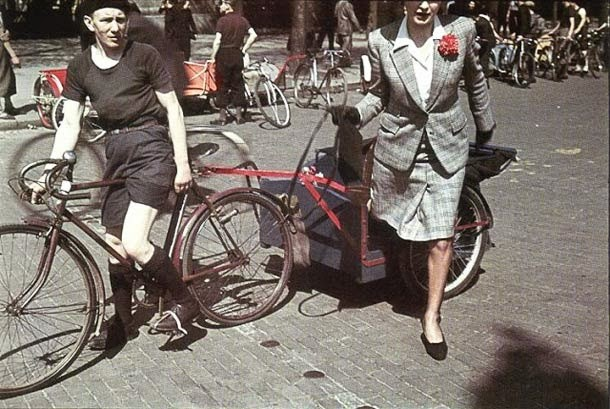 Parisian Women from between 1930s and 1940s (12)